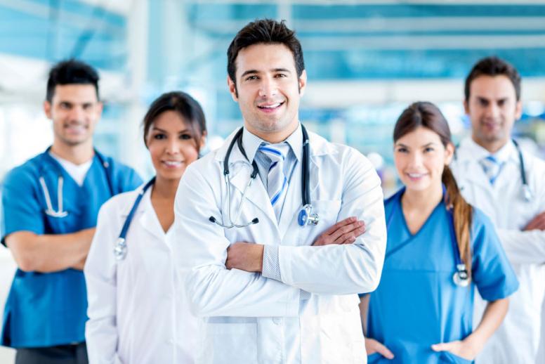 Doctors-Nurses-1000×667